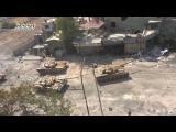 รถถังในการโจมตี ฝ่ายรัฐบาล [ซีเรีย]  รุกเข้าพื้น ฝ่ายต่อต้านรัฐบาลซีเรีย