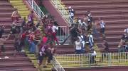 ต้อนรับบอลโลก 2014 แฟนบอลบราซิล ตีกันเอง เละคาสนาม