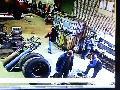 รุนแรง ยางรถสิบล้อระเบิด!!