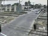 มอไซต์ฝ่าไฟแดง รถไฟชนดับ!