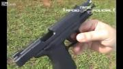 คลิป ตำรวจบราซิลปล่อยไก่จะโชว์วิธีใช่ปืนแต่ตัวเองล็อกไกปืนยังทำไม่ได้
