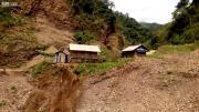 คลิป น้ำป่า ทะลักหน้ากลัวมาก ที่ เวียดนาม