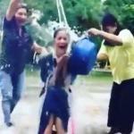 ญาญ่า อุรัสยา รับคำท้า ALS Ice Bucket Challenge