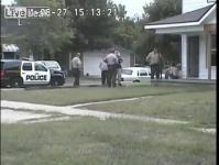 คลิป เจ้าของบ้าน ปล่อย พิทบลู ออกมากัดตำรวจเลยจำต้อง สังหาร