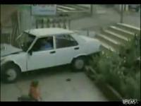 เด็กโดนรถชน รอดปาฎิหาริย์