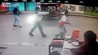 คลิป โจรบราซิลโหดเดินตามหลังยิงเข้าที่หัว ปล้นกระเป๋า