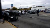 ตาย 3 เจ็บ 11 อุบัติเหตุรถบรรทุกฝ่าไฟแดง