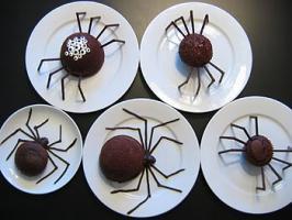 เค้ก bakery รูปแมง มุมดู น่ากลัว แต่ น่ากิน สุดๆ