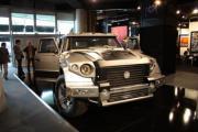 ดาร์ทซ   รถเอสยูวีหุ้มเกราะ สุดหรู  รัสเซีย