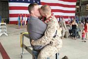 ทหารเกย์  จูบแฟน ทหาร  เกย์ ทหารอเมกัน