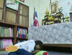 ในหลวง รับเด็กหญิงถูกทิ้งอายุ 12 ปี ไว้ในพระบรมราชานุเคราะห์