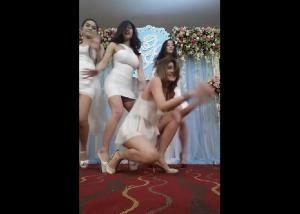 คลิปฮ็อต! สาวๆ จัดเต็ม เต้น ขอใจเธอแลกเบอร์โทร กลางงานแต่ง