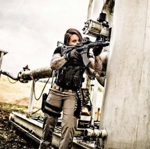 ทหารสาวมากฝีมือจากกองทัพสหรัฐ ผันตัวมาเป็น
